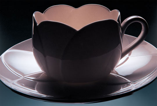 alessi-spring&summer 2007,Tulip coffee and tea cups by the Hungarian Dezsö Ekler