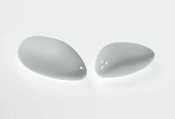 Colombina collection salt and pepper castors by Doriana and Massimiliano Fuksas:alessi Fall/winter 2007