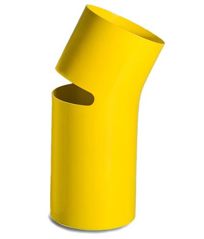Break vase, designed by Petter Skogstad, manufactured by Agostinelli