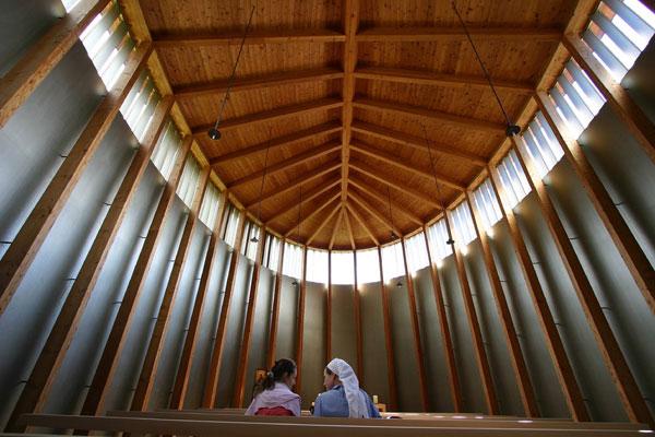 Peter Zumthor Sogn Benedetg (St. Benedict) Chapel interior